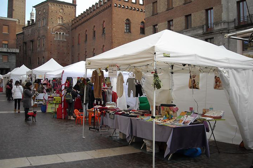mercatoBioCremonaStradivari